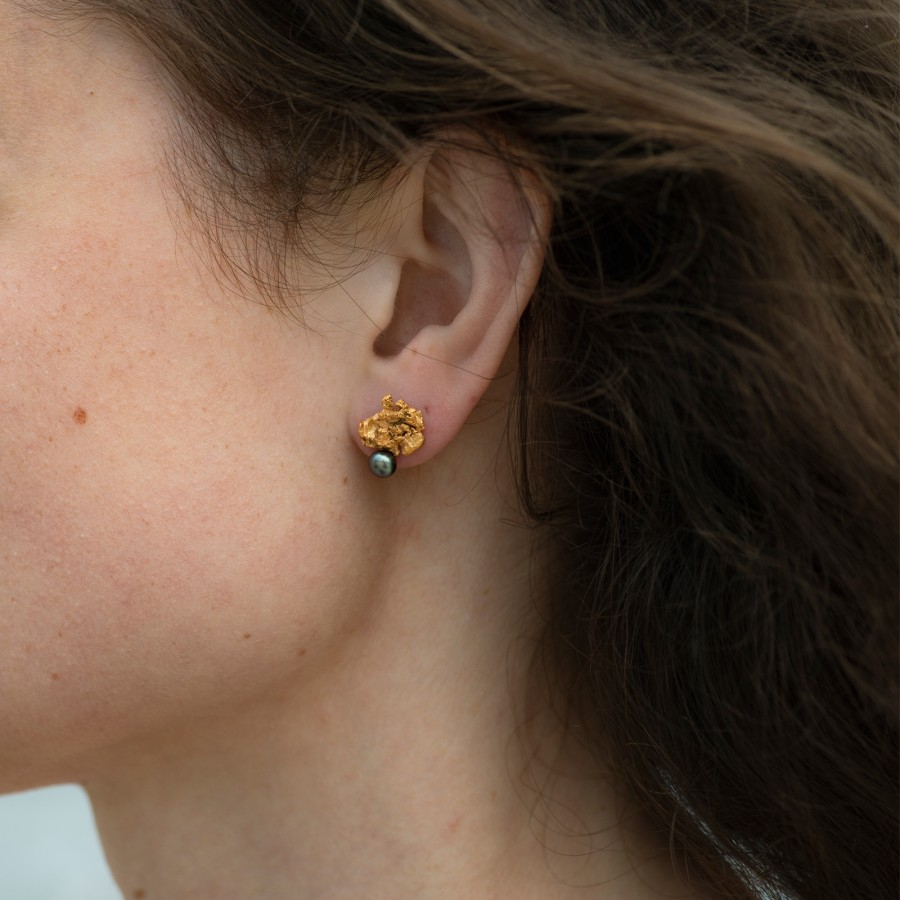 Golden Nugget earrings with pearl